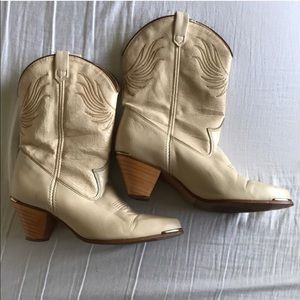 Dingo Boots pre-loved